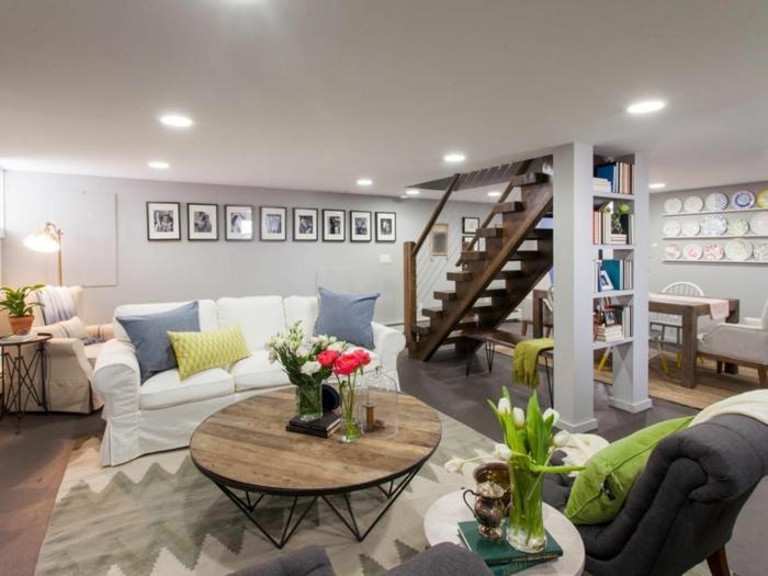 souterrain wohnung was ist eine souterrain wohnung kellerraum gestalten wohnzimmer großer sofa und sessel teetisch licht