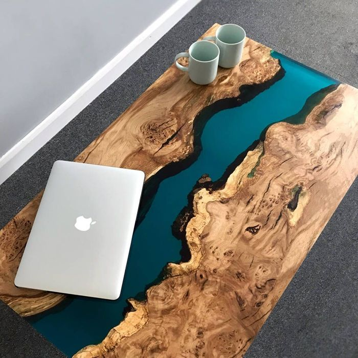 tisch mit epoxidharz büro einrichten schreibtisch aus massivholz und epoxidharz
