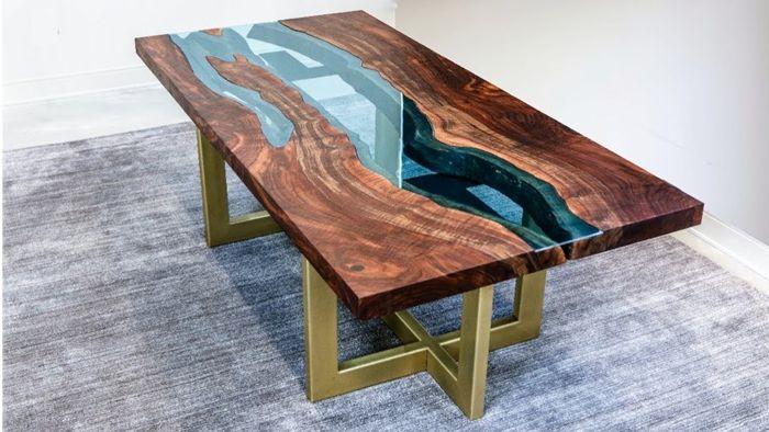 tisch mit harz river table massivholztisch mit erpoxidharz esstisch ideen