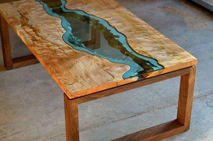 tisch mit harz und holz holztisch mit epoxidharz einzigartige möbelstücke