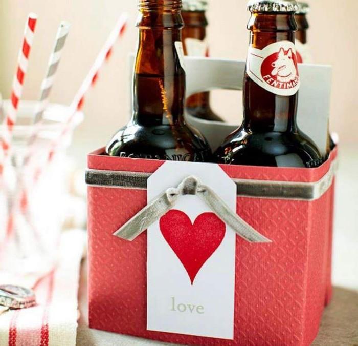 valentinstag geschenk für männer diy geschenk für ihn valentinsgeschenke liebesgeschenke selber machen schachtel mit flaschen auswählen diy geschenke freund