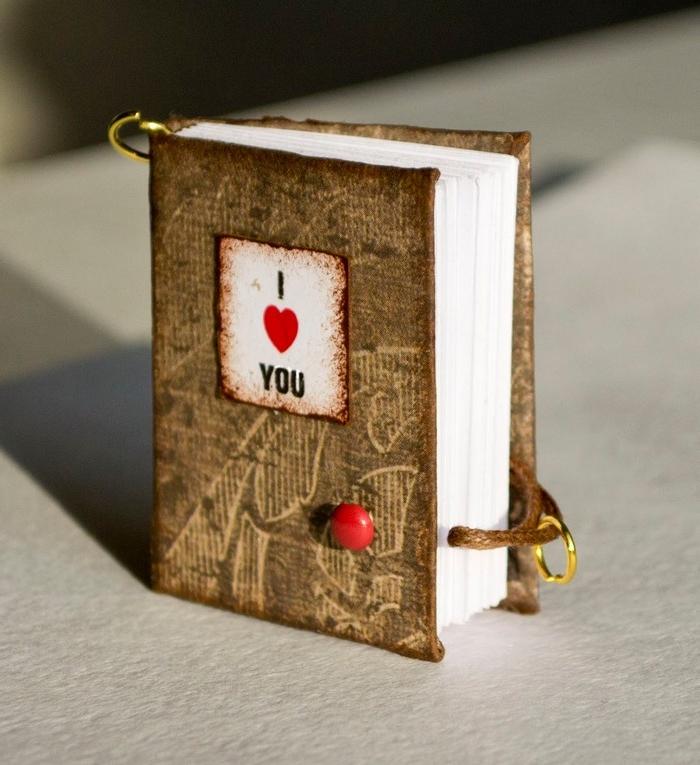 valentinstag geschenk liebesgeschenke selber machen diy geschenke freund diy buch mit erinnerungen
