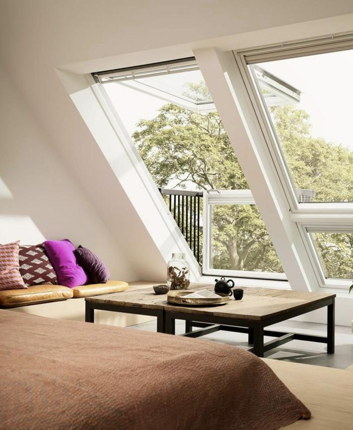 wohnung inneneinrichtung modern velux dachfenster größen caffeetisch aus holz mit schwarzen beinen aus metall großes ecksofa