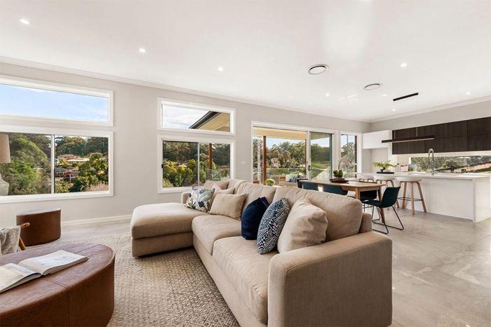 wohnzimmer decke gestalten zimmerdecke in weiß zimmer optisch größer wirken lassen