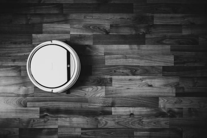 bagotta saugrobote kaufen tipps schwarz weißes foto roboterstaubsauger modelle