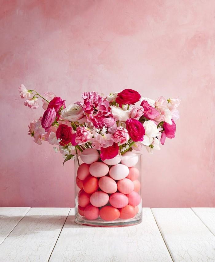 bastelideen ostern erwachsene ostergeschenke selbst basteln bastelideen für ostern frühlingsbasteln mit kindern glas mit dekoeier rosa blumen in rosa
