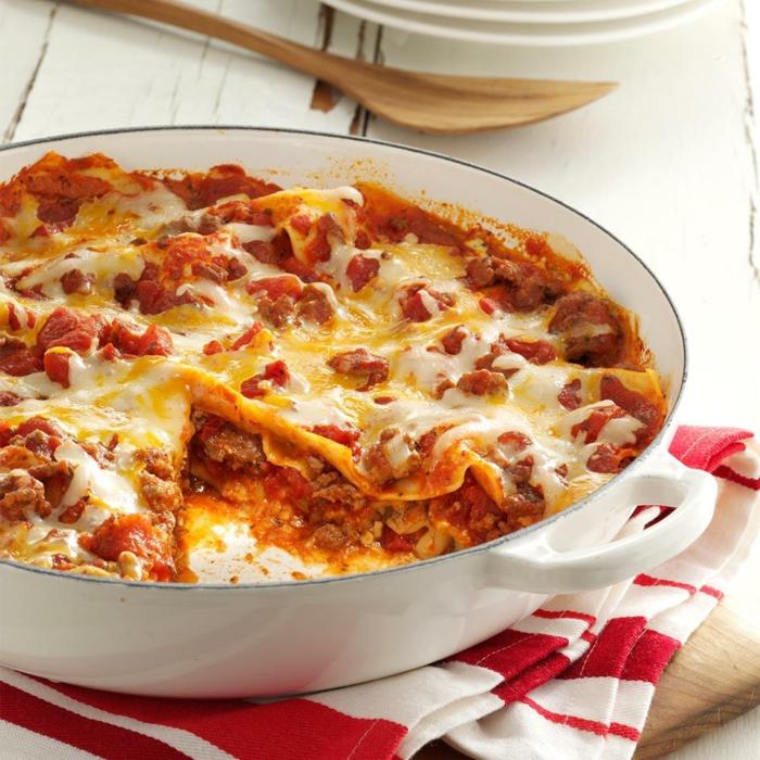 decle und ein läffel aus holz lasagne selber machen rezept lasagne mit passierten tomaten und käse