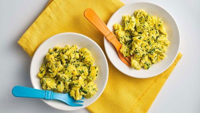 diät in der schwangerschaft eier mit kräutern gesundes frühstück frühstücksideen