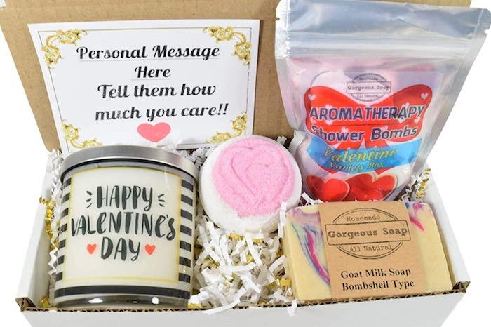 geschenke für valentinstag valentinstag freundin valentinstag geschenke freundin spa set box mit kosmetik aromakerze