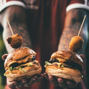 Wir verraten Ihnen, wie Sie leckere Burger selber machen