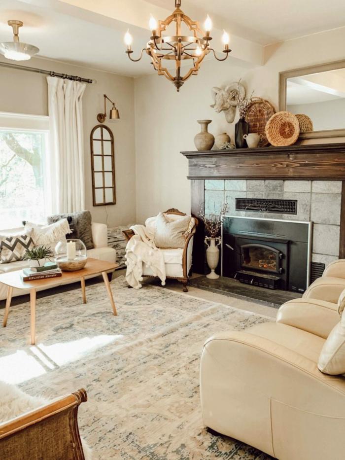 helles großes wohnzimmer beige und braune farben scandi style wohnen inspiration 2021 interior design wohnzimmer mit kamin
