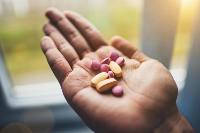 kopfschmerzen ursachen kopfschmerzen udn übelkeithausmittel gegen kopfschmerzen stechende kopfschmerzen tabletten gegen kopfschmerzen ersetzen hand mit tabletten