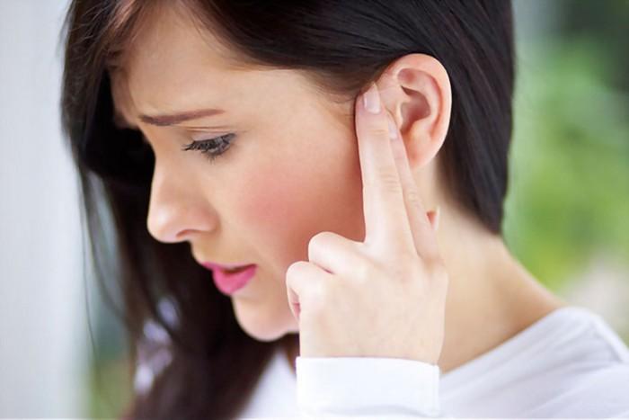 kopfschmerzen was tun was hilft gegen migräne pochende kopfschmerzen kopfschmerzen ohren