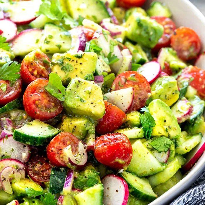 louwen ernährung gesunder avocado salat rezept menü für die schwangerschaft