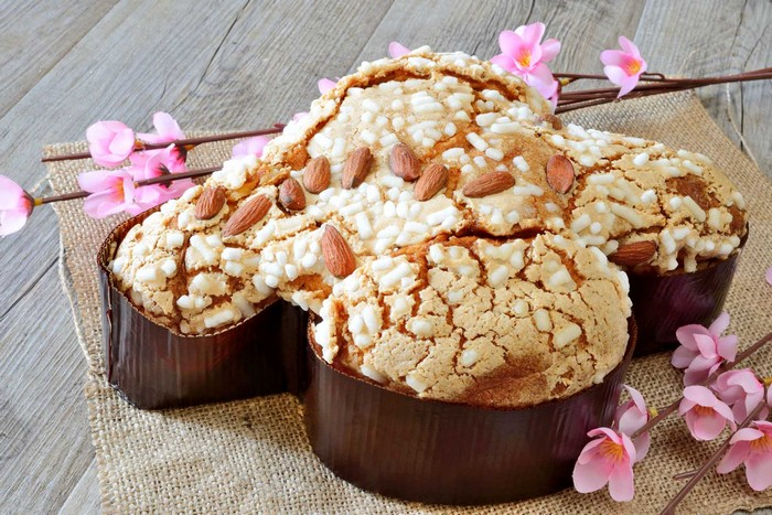 colomba easter cake