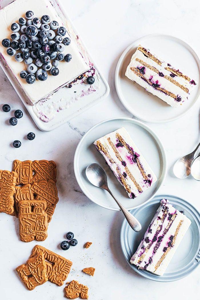 parfait deutsch sommerdessert mit creme und beeren blaubeeren kekse sahne rezept