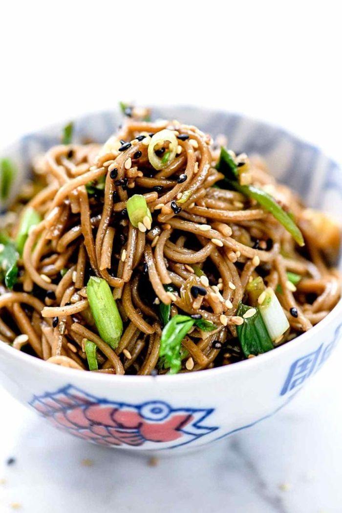 schnelle pasta rezepte soba nudeln selber machen zubereitung japanische gerichte