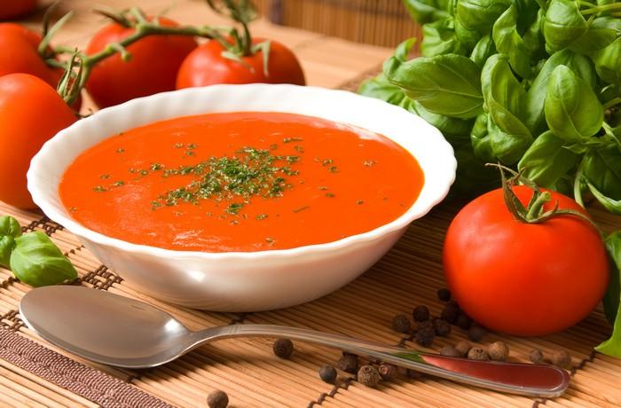 stoffwechseldiät rezepte hcg brot hcg rezepte stoffwechselkur lebensmittel tomatensuppe mit basilikum
