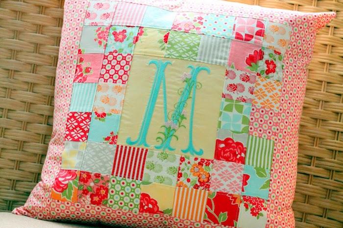 valentinstag für freunde valentinstag geschenk für sie schön valentinstag valentinstag geschenke für freundin kopfkissen patchwork rosa mit buchtsabe