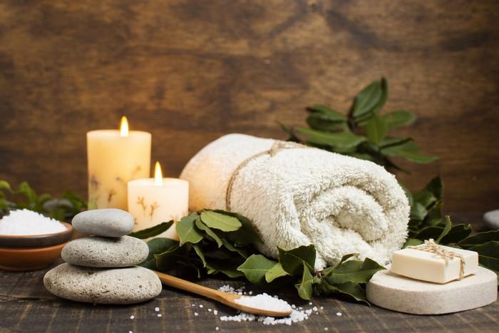 60 geburtstag mama geschenk 60 geburtstag frau geschenke zum 60 geschenke für männer zum geburtstag spa tag handtuch kerzen steine spa wochenende