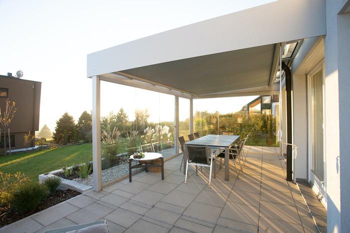 balkon & gartentisch außenmöbel auswählen tipps mateialien pflege