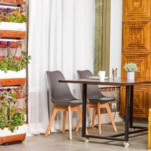 Balkon- & Gartentisch: Materialien, Designs und Kauftipps