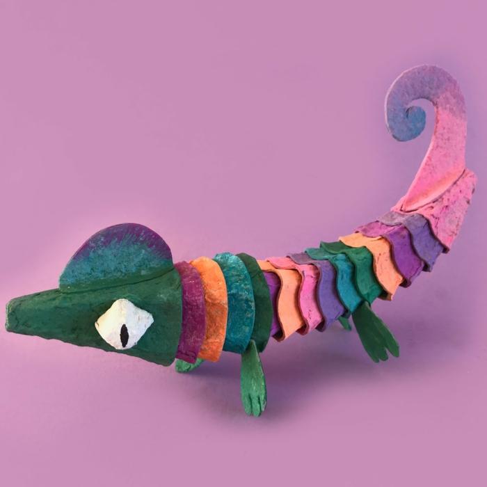 chameleon aus eierkarton basteln selber machen diy tiere aus pappe selber basteln kreative bastelideen für kinder