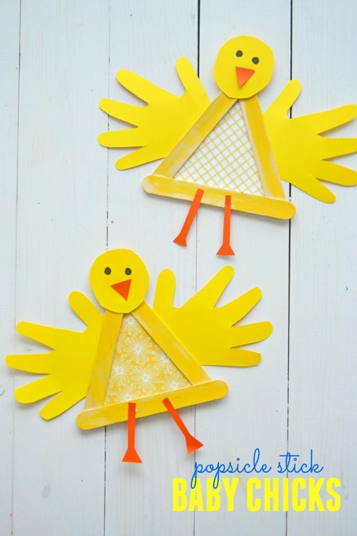 deko küken aus holzstäbchen selber machen basteln mit eisstielen frühling kreative bastelideen für kinder