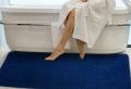 Oft übersehen bei der Bad-Deko – der Badezimmerteppich