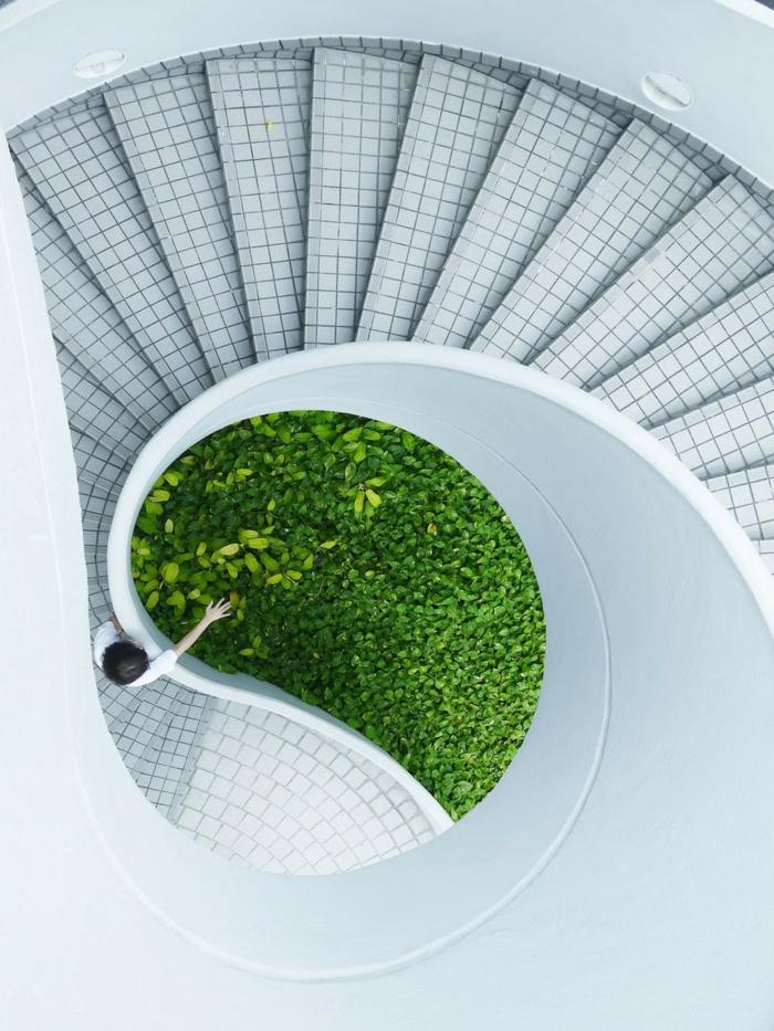 grüne pflanzen nachhaltiges bauen moderne architektur gebäude mit treppen modernes bauen