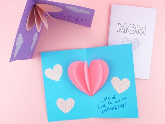 herz basteln bastelideen muttertag kurzfristige geschenke selber machen grußkarte in blau mit rosa herzen