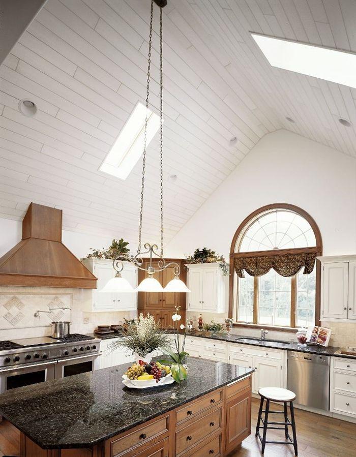 holzpaneele streichen schritt für schritt küche einrichten wohnung gestalten lücheninsel hohe decke