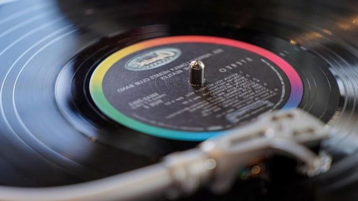 ideen zum 60 geburtstag schenke zum 60 60 geburtstag mann schwarze vinlyplatte mit musik schenken