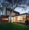 intelligentes haus bietet viele vorteile modernes haus mit panorama fenster smart home