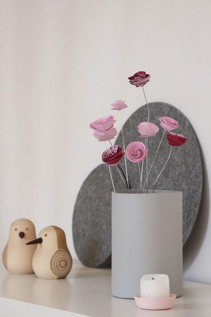 muttertagsgeschenk selbstgemacht kinder muttertagsgeschenk basteln kinder basteln zum muttertag blumen aus papier basteln rosen aus papier und draht in vase