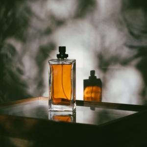 Die besten Parfüms für Männer - Tricks bei der Auswahl und Trends für 2021