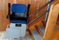 Wenn das Treppensteigen zur Last wird – Vorteile des Treppenlifts