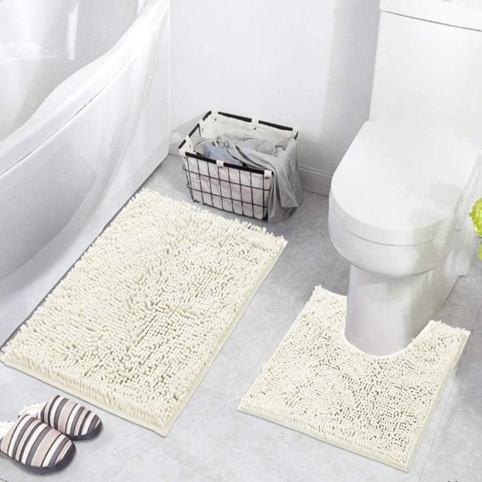 weißer badezimmerteppich eine wanne badezimmer einrichten