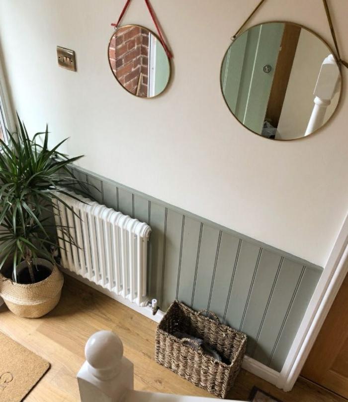 zwei große und kleine runde spiegel an die wand mini flur gestalten grün weiße wandfarbe große grüne pflanze