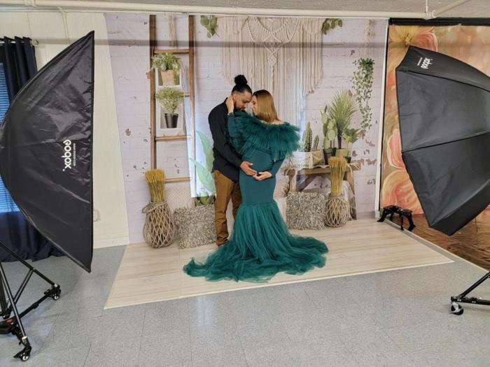 schwangerschafts fotoshooting mit boho kulisse kreative ideen für fotos
