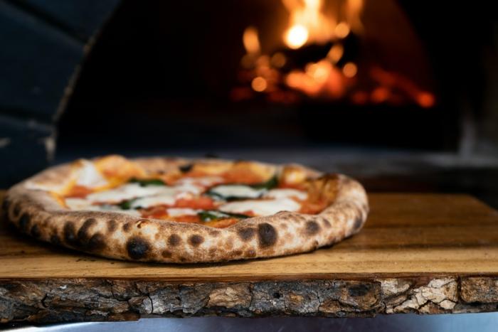 diy pizza im ofen selber machen gas pizzaofen kaufen was sie darüber wissen müssen