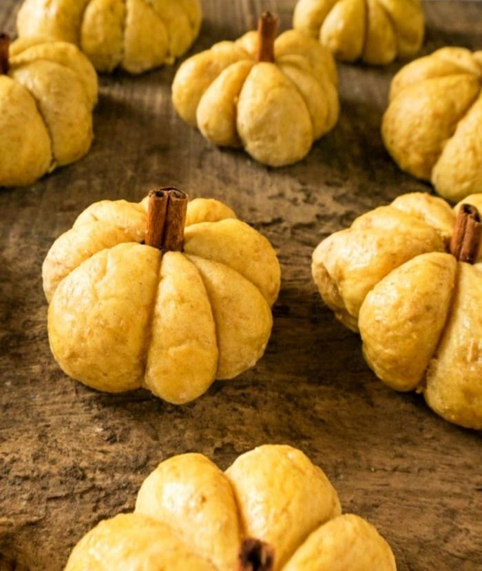 einfaches kürbisbrot rezept mit frischer hefe selber machen originelle backideen zu halloween