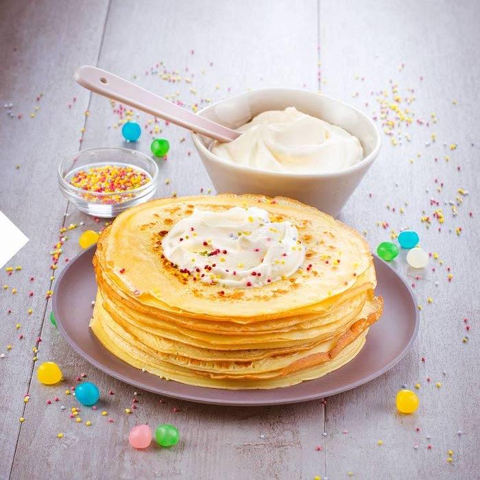 füllung für pfannkuchen spinat wraps gefüllte pfannkuchen rezept grüne halloween pfannkuchen dünne pfannkuchen mit joghurt und bonbonstreusel