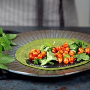 füllung pfannkuchen spinat herzhafte pfannkuchen vegetarisch pfannkuchen mit spinat pfannkuchenfüllung schwarze tahini kichererbsen rukola