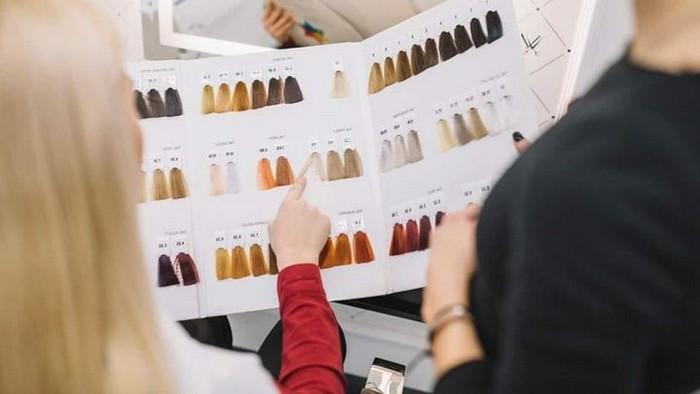 haartönung rossmann haare färben ideen haare selber färben friseur haarfarbe aus farbpalette auswählen