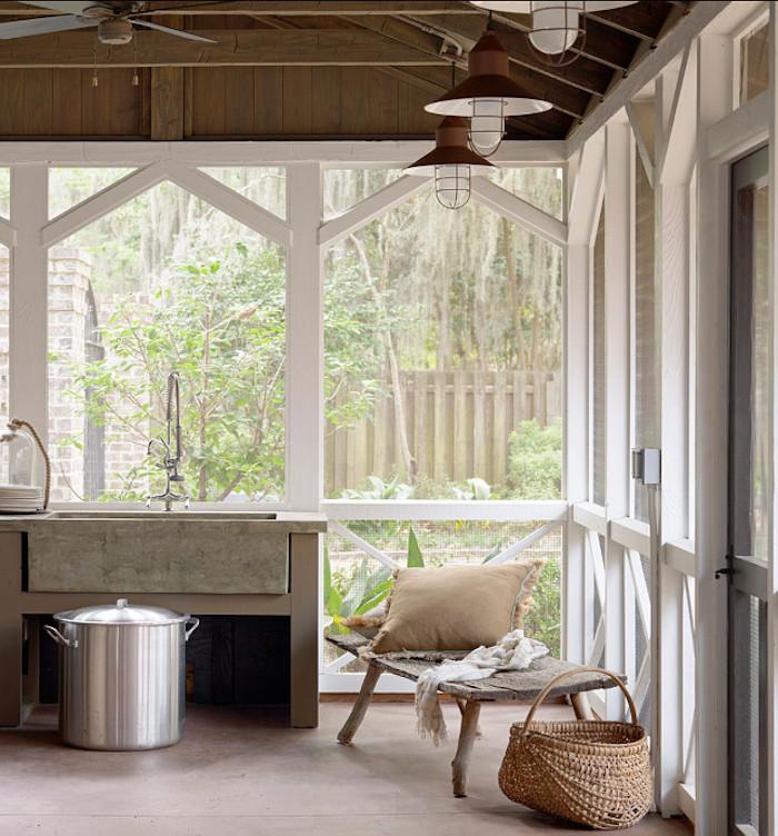 inspiration einrichtung modernes gartenhaus mit waschbecken vintage style interior kleiner deko korb