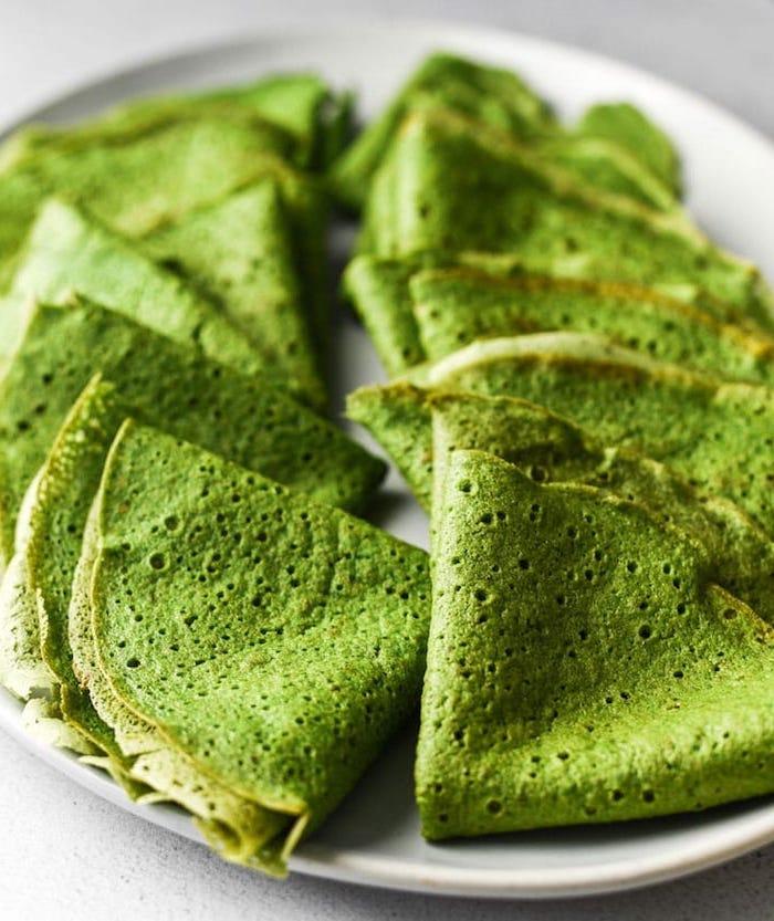pfannkuchen spinat gefüllte pfannkuchen mit spinat pfannkuchenfüllung grüne halloween fpfannkuchen