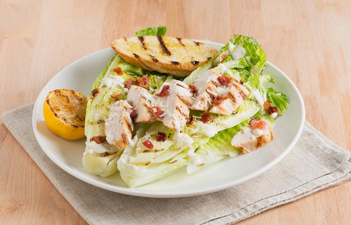 salat mit fleisch ideen salate zum grillen schnell gemacht eine shüssel mit gemüse