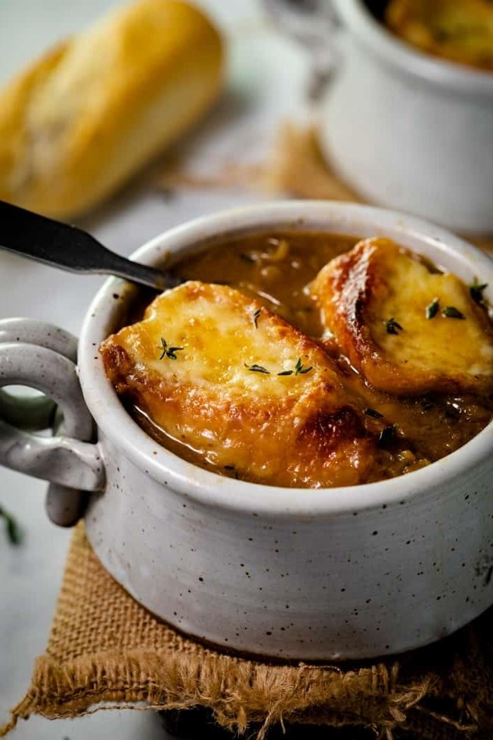 zwiebelsuppe französisch rezepte zum ausprobieren gesunde suppe mit zwiebel