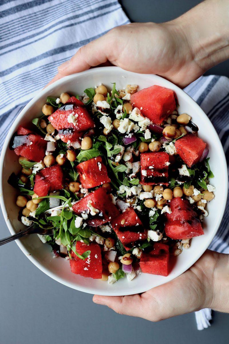 4 wassermelonen feta salat mit rucola und kichererbsen